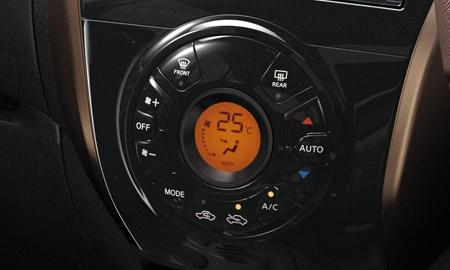 e-powerオートエアコン(プッシュ式、デジタル表示)
